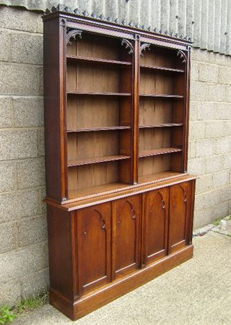 Antique Victorian Oak Library Bookcase - Early Victorian Oak Library Bookcase Of Gothic Influence