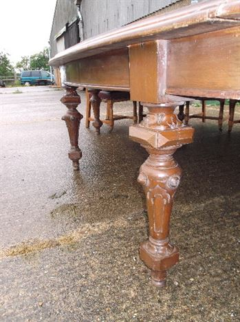 Large 5 Metre Antique Oak Oval Table - 15ft Late Victorian Arts & Crafts Oval Oak Table To Seat 16 People