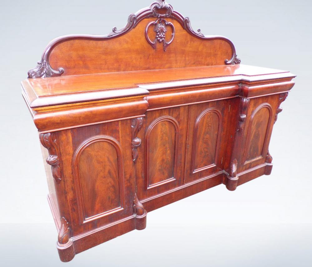 Large 6ft Antique Victorian Mahogany Sideboard With Cupboards