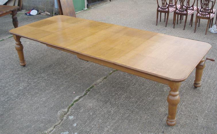 Large Antique Dining Table   11ft 3.3 Metre Victorian Golden Oak Extending Dining  Table To Seat 14 People