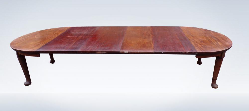 Large Antique Dining Table From Edwardian Period Extendable To 12ft Long