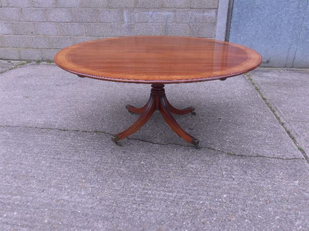 Antique furniture warehouse large antique georgian round for 120 round table seats how many
