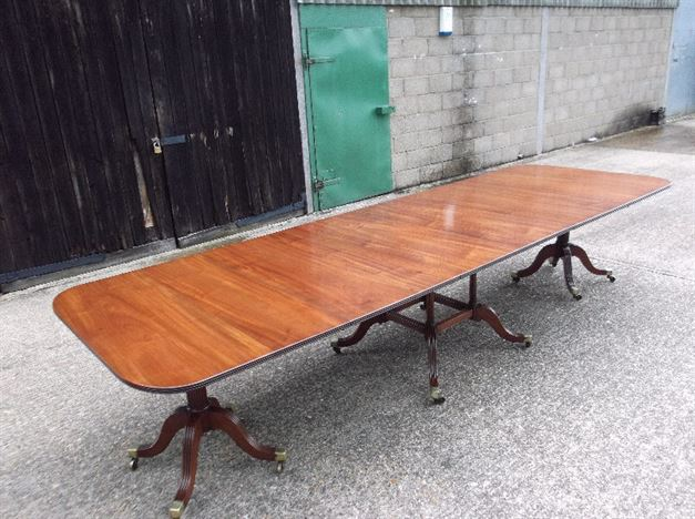 Large Antique Georgian Table - Regency Revival Twin Pedestal Extending Mahogany Dining Table To Seat 12 People