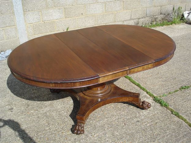 Antique furniture warehouse large antique oval dining for Large dining table seats 10