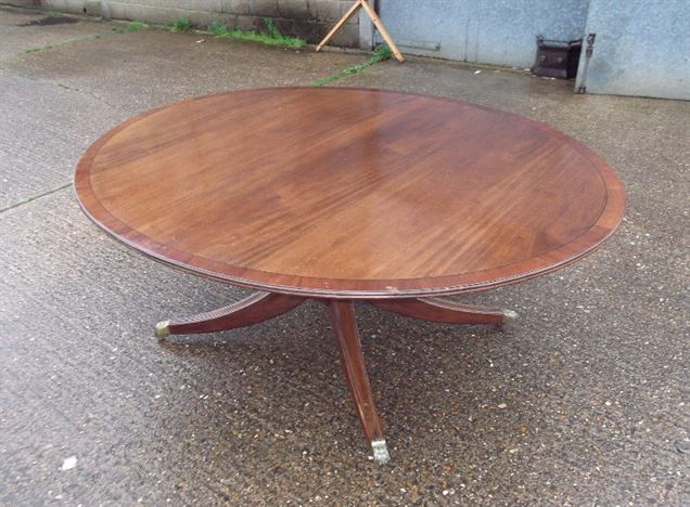 Large Antique Oval Dining Table - Regency Revival 6ft Mahogany Oval Dining Table To Seat 8 People