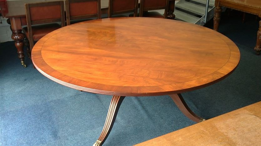 ANTIQUE FURNITURE WAREHOUSE Large Antique Round Table  : large antique round table 6ft diameter regency revival mahogany pedestal dining table to seat 10 to 12 people 915 P1 from www.elisabethjamesantiques.co.uk size 1070 x 600 jpeg 145kB
