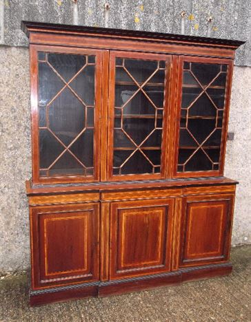 Large Antue Library Bookcase - Late 19th Century Sheraton Revival Mahogany Library Bookcase