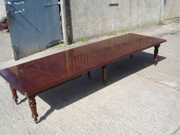 Large Early 19th Century Dining Table - 12 Feet 7 Inches William IV Mahogany Extending Dining Table Of Narrow Proportions To Seat 16 People