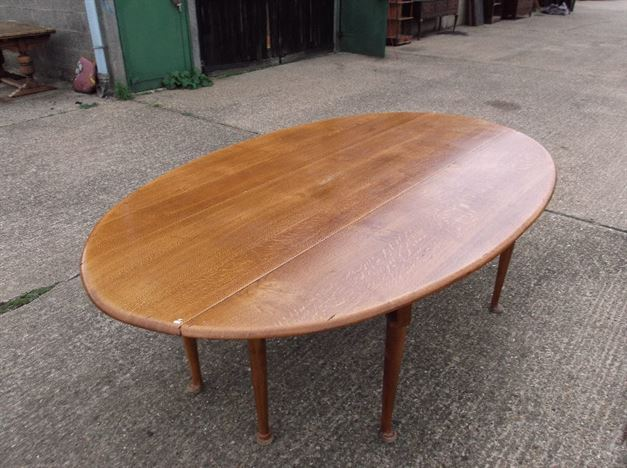Large Oval Vintage Table - George I Revival Oak Dropleaf Wake Table To Seat 10 To 12 People