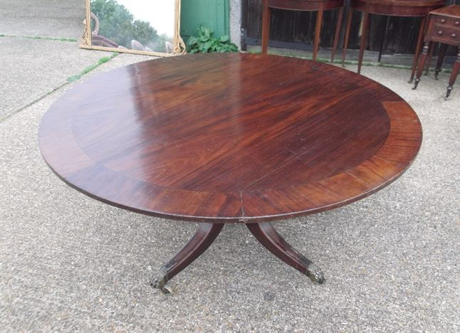Large Round Regency Table - Georgian Period Five Foot Diameter Ding Table For 8 People