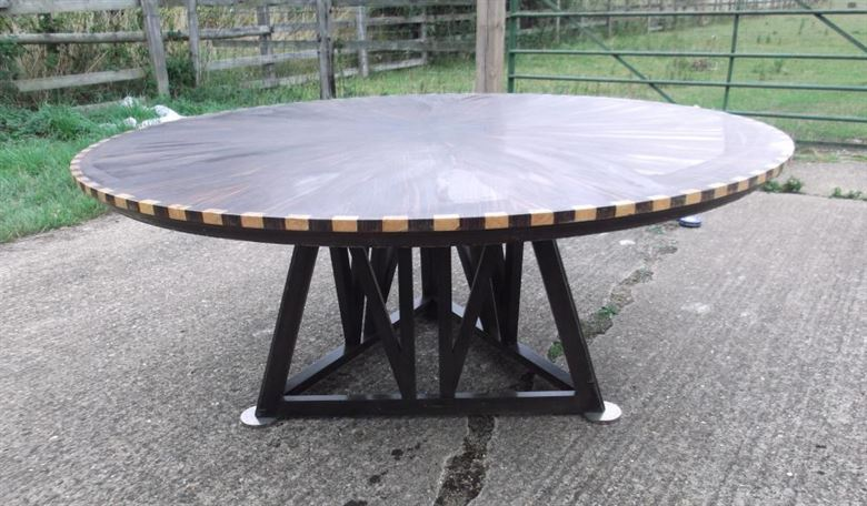 Large Round Vintage Table - 1970s 5ft Diameter Coromandel And Inlaid Dining Table