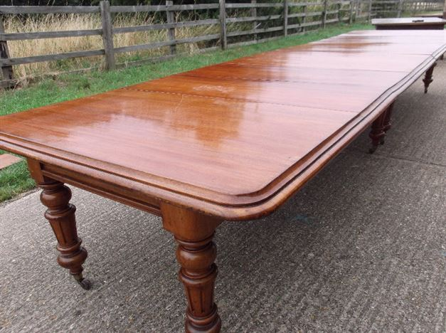 Antique furniture warehouse large victorian mahogany for Dining table to seat 20