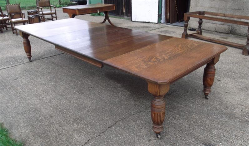 Large Victorian Oak Table - 12ft Maples Design Oak Extending Dining Table To Seat Up To 16 People