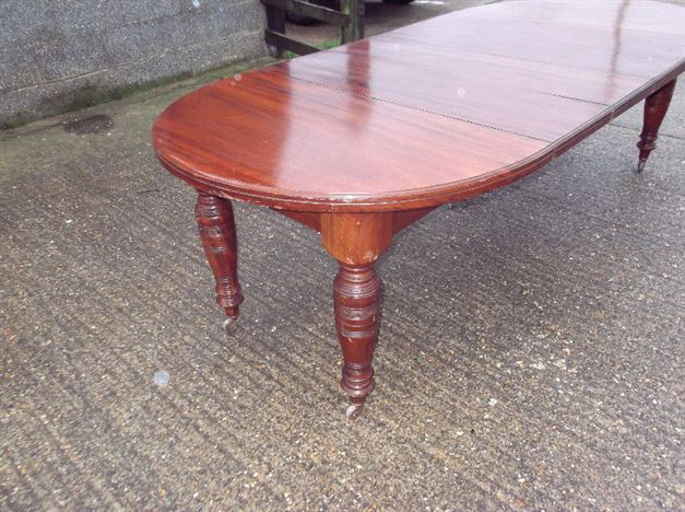 Antique furniture warehouse narrow 3 metre antique for 10 foot round table