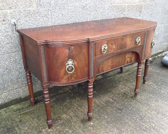 Original Regency Mahogany Sideboard - Large Georgian Mahogany Bowfronted Sideboard