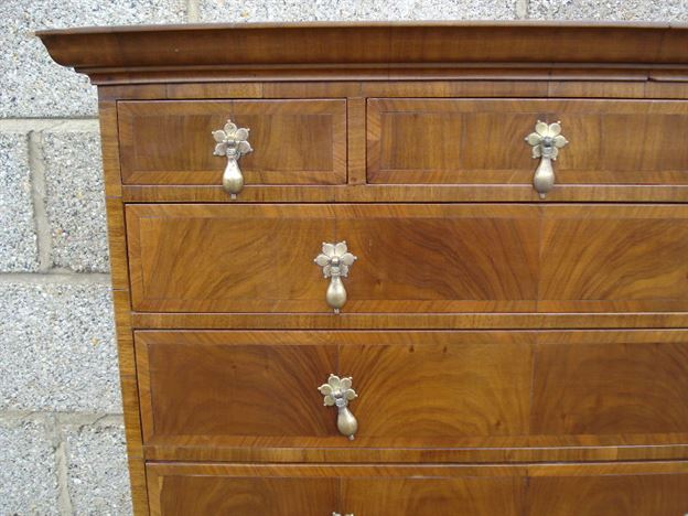 Antique Furniture Warehouse Pair Of Queen Anne Revival