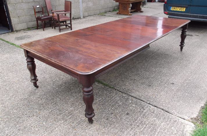 Post Regency 3 Metre Dining Table - 10ft Period Mahogany Extending Dining Table With Leaf Rack To Seat 14