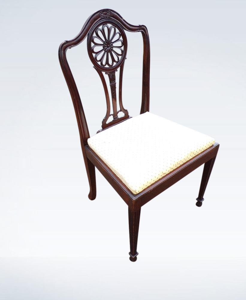 Set 10 Georgian Hepplewhite Dining Chairs With Carvers