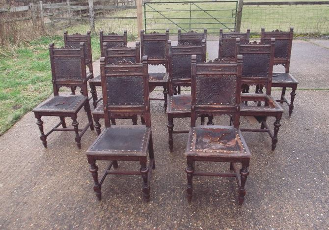 Superbe Set 12 Antique Gothic Oak Chairs   Set Twelve Victorian Carved Oak Frame  And Leather Upholsted Refectory Chairs