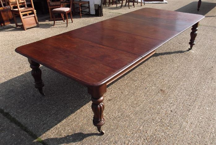 table mid victorian dining table with three extension leaves to seat