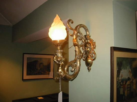 19th Century Victorian Ornate Brass Wall Lamp Decorative